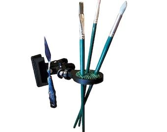 Jumbo Clip-on Paint Brush Holder for Easels