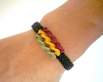 Man's rasta bracelet macrame green yellow red and black