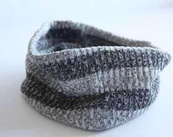 Gift Knit Cowl, Scarf Wrap, Winter Gift Scarf, Gift for Him, Gift for Her, Winter Chunky Snood, Trendy Baby Items, Winter Snood, Baby Gift