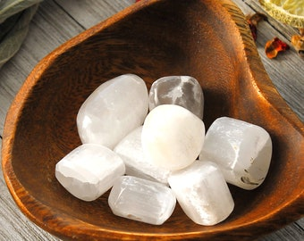 ONE Selenite Tumbled Crystal Polished Selenite Stone Crown Chakra Healing Meditation Spirituality Gift For Wife Astral Travel Stone Wicca