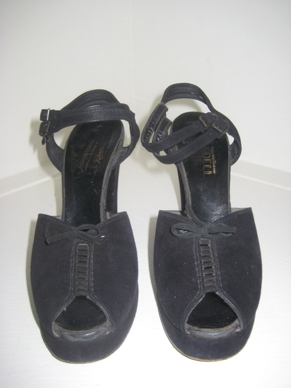 1940's Platform shoes / Vintage 1940's Peep Toes /