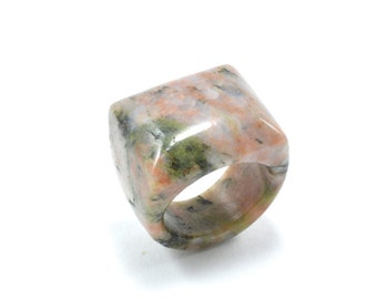 Size 10.5 Agate Ring