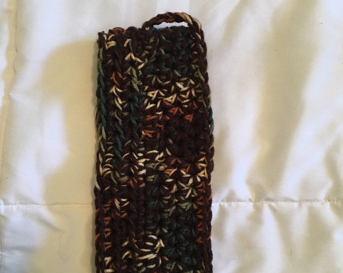 Headband for a man or a woman. Will fit head circumference of 20-22 inches. It has a hook so it can be hung up. Headband