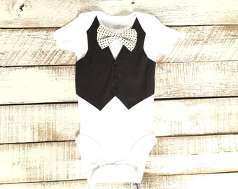 aa5596bbe Baby wedding outfit