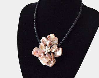 Charm Necklace Mother Of Pearl Shell Fower Necklace Womens Jewelry Wedding Gift