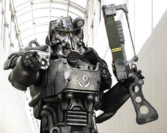 Fallout Style T60 Power Armor Costume with Laser Rifle!