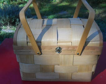 Handcrafted Bamboo Picnic/Sewing/Knitting Basket