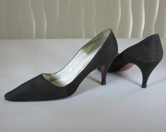 f7c914bc48076 Peau de soie shoes | Etsy