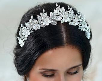 Bridal tiara Wedding tiara Bridal hairpiece Rhinestone tiara Rhinestone crown Wedding crown Crystal headband Bridal hair piece Bridal crown