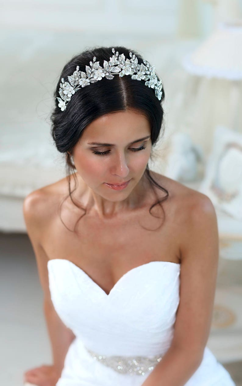 Bridal tiara Wedding tiara Bridal hairpiece Rhinestone tiara image 0