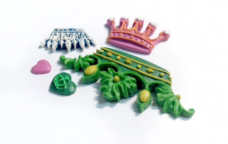 Crowns Mould #383
