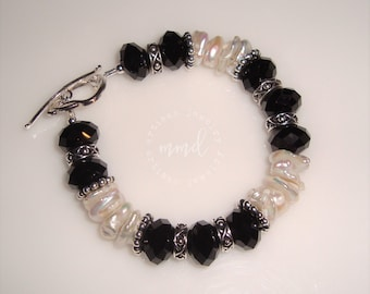 Freshwater Pearl, Jet Crystals and Silver Bracelet