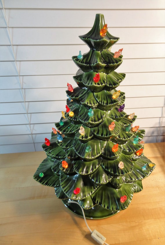 Vintage Ceramic Christmas Tree With Bulbs Lit With Light Bulb Rolling Switch On Cord Green 17 Christmas Tree