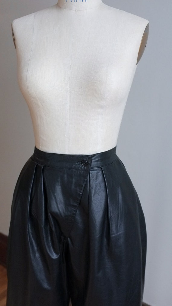 Vintage pleated leather pants / 80's pleated blac… - image 3