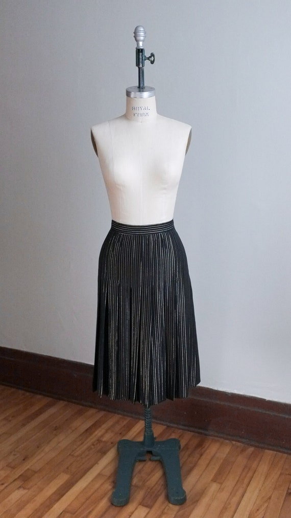 Vintage black Valentino skirt / Pleated designer s