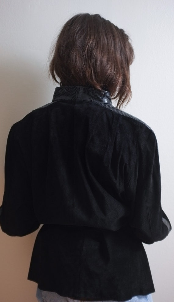 Black suede leather jacket / Snakeskin detail lea… - image 4