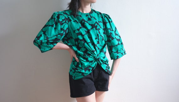 Vintage silk blouse / green and black silk blouse