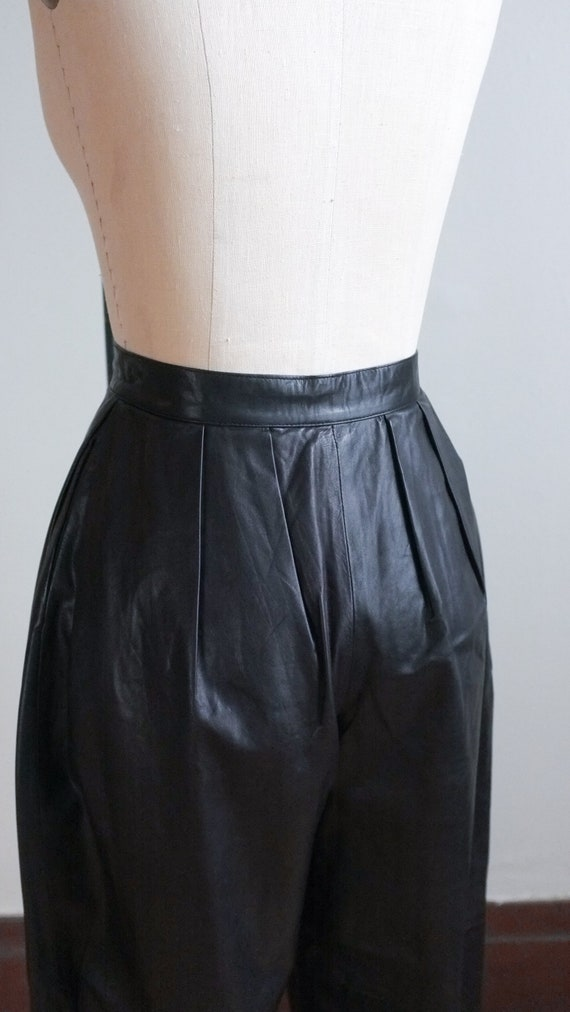 Vintage pleated leather pants / 80's pleated blac… - image 7