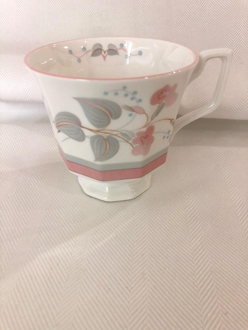 Queen\u2019s Francine Pink /& Grey 3 Piece Set Fine Bone China
