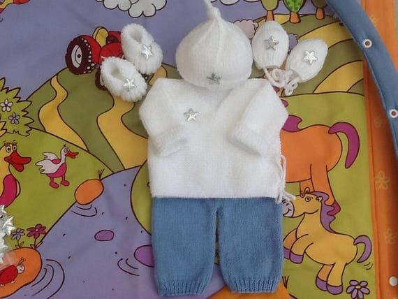 a01a9a05888d brassière bébé pantalon bonnet chaussons moufles tricot laine blanc layette  cadeau naissance