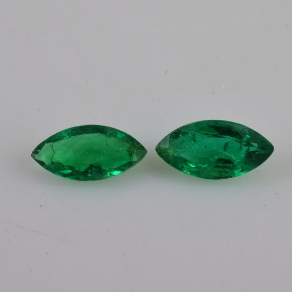 100/% Natural Verde Esmeralda Cabujón con forma oval CERTIFICADO Piedra Suelta