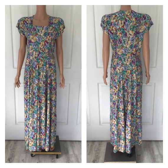 Genuine 1940's Long Dress - Cotton Fabric with Sho
