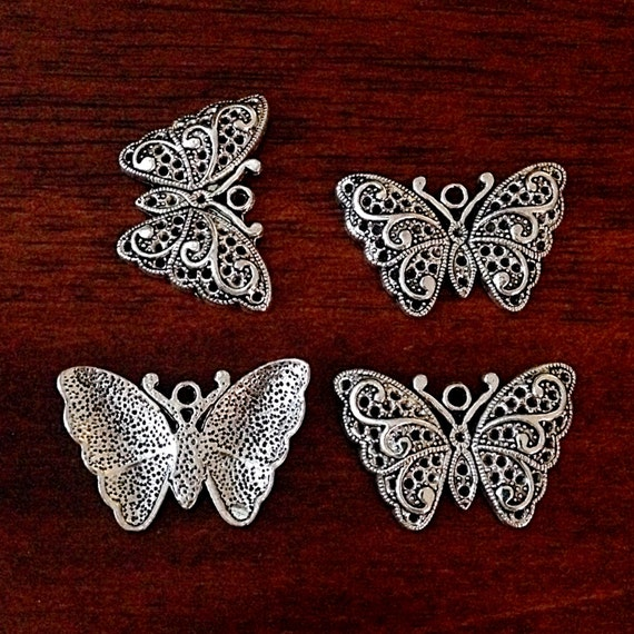 Free 50PCS Tibetan Silve Butterfly Charms Pendant For Jewelry Making 17x20mm