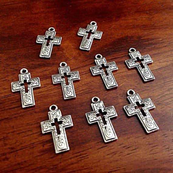 Pack 30 UK Seller 16x8mm Tibetan Silver Cross Pendant Charms