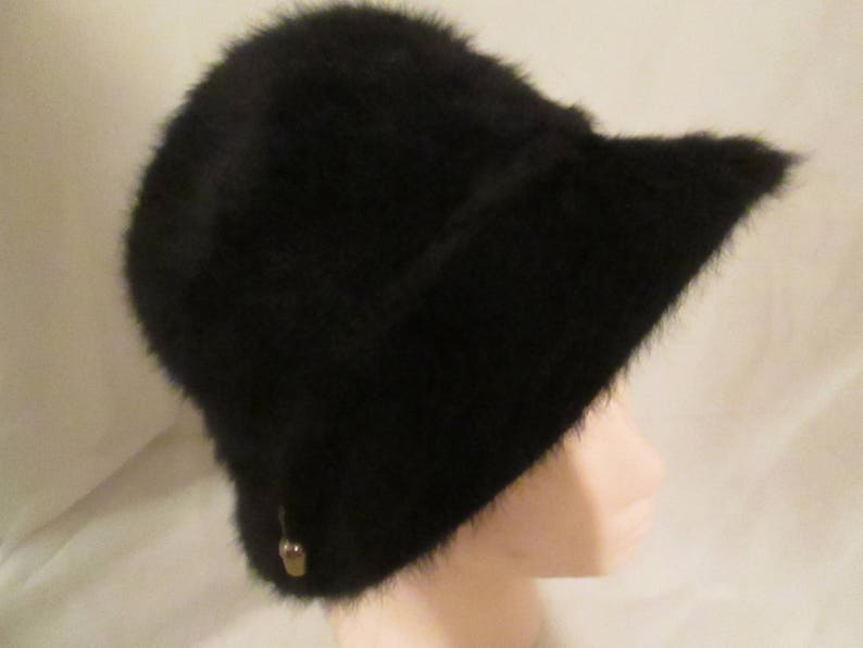 Vintage Black Faux Fur KANGOL Design Hat. Made in England. A  118c1a24e63b