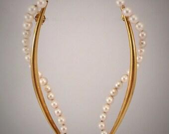 18K Gold Pearl Swirl Earrings