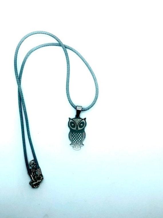 Owl Pendent - Cord Adjustable Necklace - Ayurveda Spiritual Jewelry - Shamanic Jewelry - Ayurveda Superfood - Alohaveda Handmade Hawaii