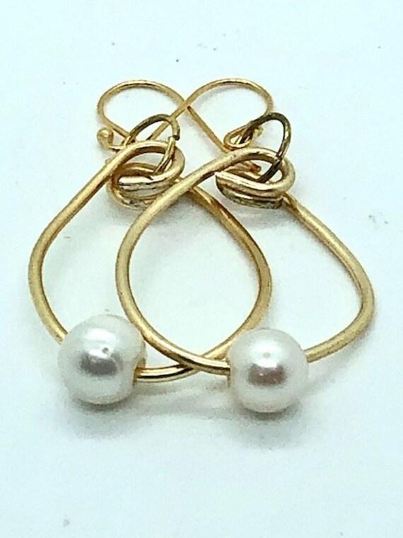 Pearl Gold Hoops  - Ayurveda Spiritual Jewelry,  Ayurveda Superfood - Moon - Monday - Emotions - Hand Made on Maui - Ayurveda Maui