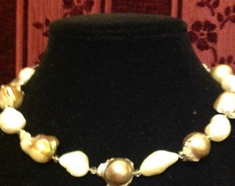 Large baroque pearl in white and champagne with crystal