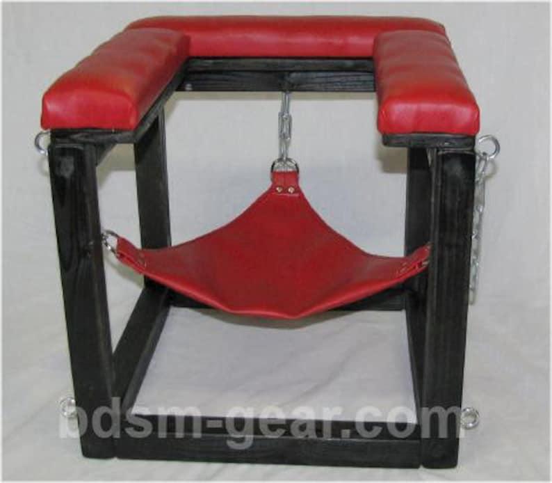 Queening Throne Bdsm Store Bondage Store BDsm Furniture image 0