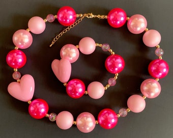 Valentine's Day Chunky Necklace,Pink Heart Bubblegum Necklace,Hot pink Necklace, Aurora Necklace,Aurora Accessories,Pink Heart Necklace
