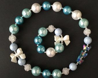 SALE!!,Sky Blue Chunky Necklace,Blue Baby Necklace,Light Blue Bubblegum necklace,Aqua blue necklace,Light Blue Chunky Necklace,Elsa necklace
