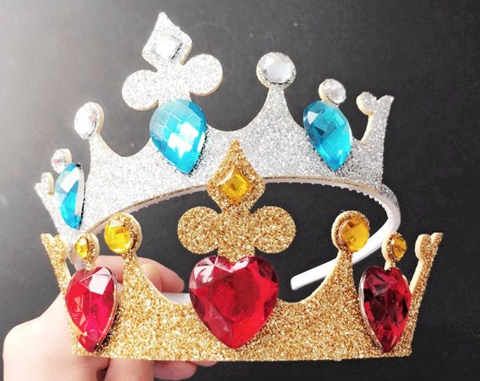 Queen Of Hearts Crown,White Queen Crown,Alice in wonderland Queen Crown,Queen Of Hearts Costume,Red Heart Headband,Queen Of Hearts outfit