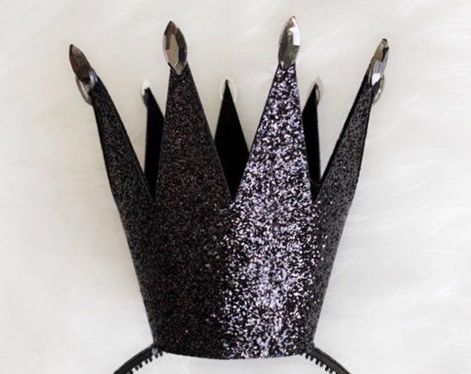 The Evil Queen crown,Ursula crown,Mermaid Witch crown,villain Halloween costume,queen of hearts,Evil costume,Snow White step mom,Dark Purple