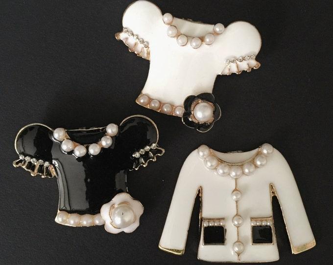 Coco No.5 Brooch,luxury brooch,tweed jacket,CC Style brooch,unique brooch,Runway broche,luxury accessory,pin,coco pins,crystal brooch,Mini