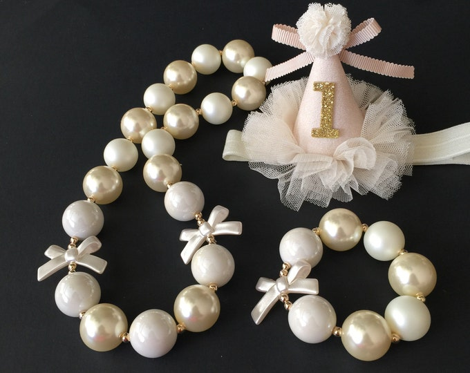 SALE!,Cream Color Chunky Necklace,Cream Color Bubblegum necklace,Pearl Chunky necklace,White Chunky Necklace,First Birthday Necklace,Cream
