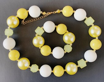 Yellow Chunky Necklace,Belle Necklace,,Beauty and the beast Bubblegum Necklace,Belle Bead Necklace,Lemon color Necklace,Yellow and white