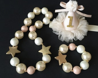 Gold Star Chunky Necklace,Gold Star Baby Necklace,Star Bubblegum necklace,Cream Color Chunky necklace,StarChunky Necklace,Gold Star