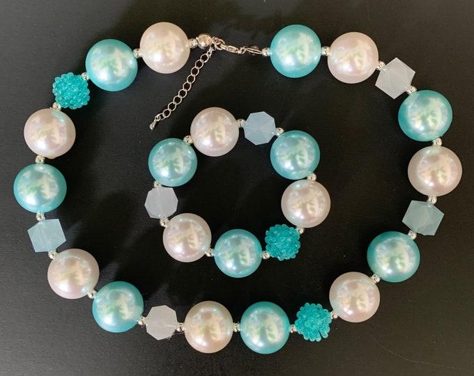Sky Blue Chunky Necklace,Blue Baby Necklace,Light Blue Bubblegum necklace,Aqua blue necklace,Baby Blue,Elsa,Cinderella,infant,bracelet,bead