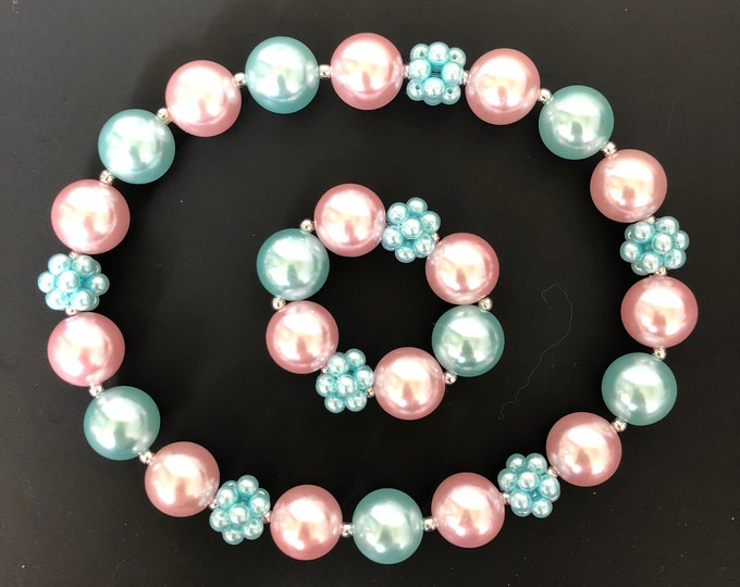 Pink and teal baby Necklace,Pink and mint,Ariel Necklace,Bubblegum necklace,baby pink necklace,Kids Necklace,Infant Necklace,baby photo prop