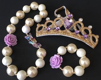Purple Chunky Necklace,Purple Bubblegum necklace,Lavender Chunky necklace,White and purple Chunky Necklace,First Birthday Necklace,rapunzel