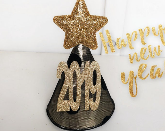 2019 Party Hats,Couple Hats,Black glitter cone hat,New Years Photo Prop,Elastic headband,2019 Party,New Years hat,New Years Party Favors