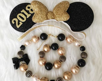 Personalized Minnie Ears,New Years Minnie Ears,Minnie Ears elastic Headband,Black and Gold Minnie Mouse Ears,New Years Photo prop,disney ear