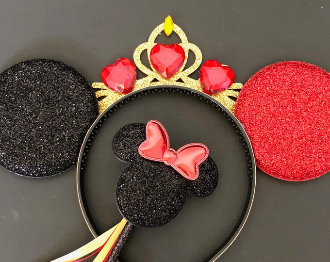 Queen of Hearts Minnie Ear,Alice in Wonderland Headband,Harley Quinn Minnie Ear,Halloween Minnie Ear,evil villain,Red and Black Mickey Ears