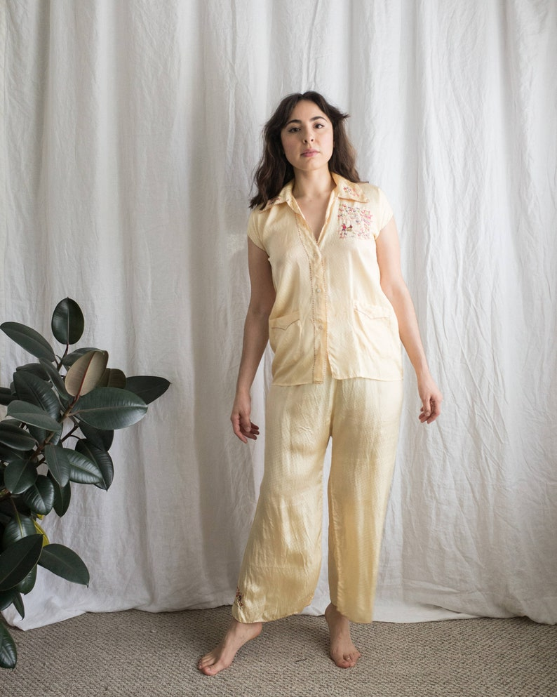1940 s Pajama Set   Yellow Embroidered Silk PJ s   Women s Vintage C... 1940 s  Pajama Set   Yellow Embroidered Silk PJ s   Women s Vintage Clothing ff29bae60