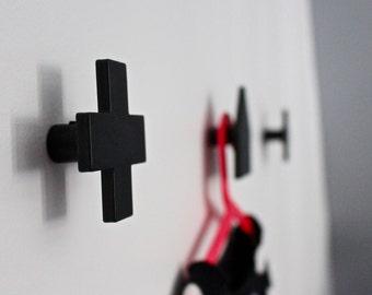 Patère design, minimalist patère, crochet patère, coat rack, metal patère, Swiss cross, Scandinavian cross, wall hook, black swiss cross
